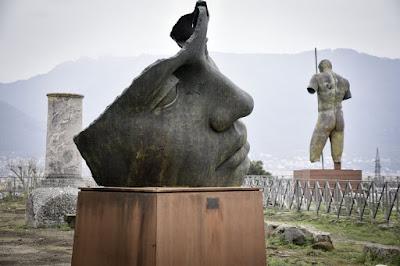 Esculturas de Igor Mitoraj en Pompeya, marzo 2016