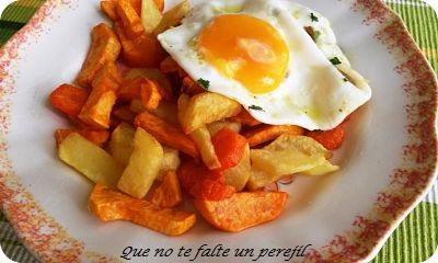 papas_zanahorias_bonitos_huevos-fritos