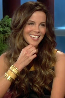 Kate Beckinsale Tight Leather Dress