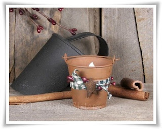 Mini Rusty Bucket Light