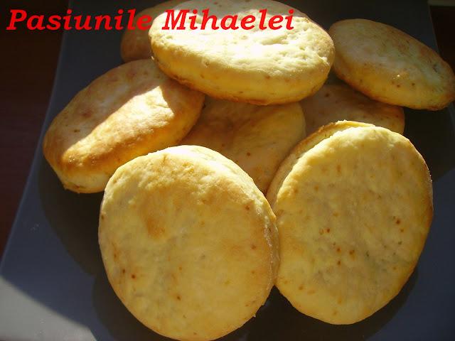 Biscuiti fragezi pentru micul dejun