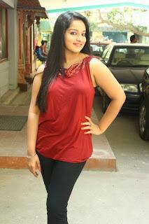 Malavika Menon in Cute Maroon Tank Top at Vethu Vettu Audio Launch