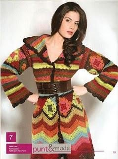 Saco tejido a crochet con cuadrados.