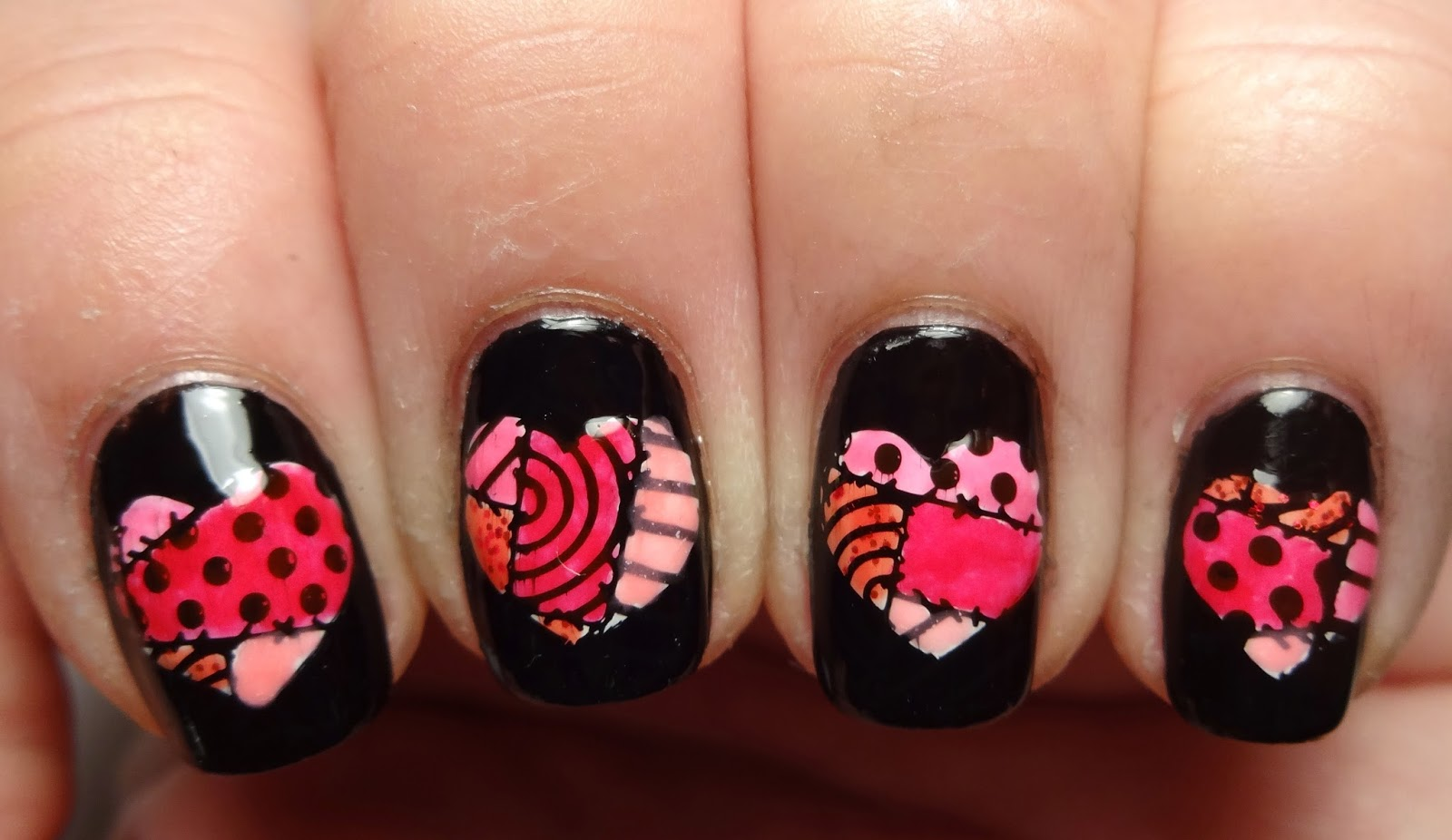 Leadlight Heart Stamped Nails