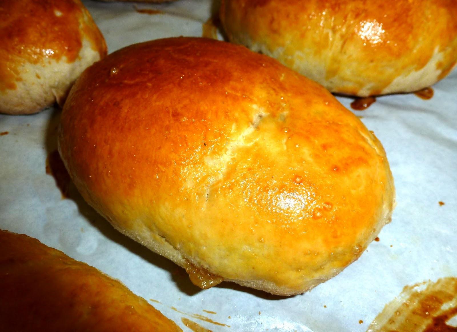 Пирожки на кефире с яблоком в духовке рецепт