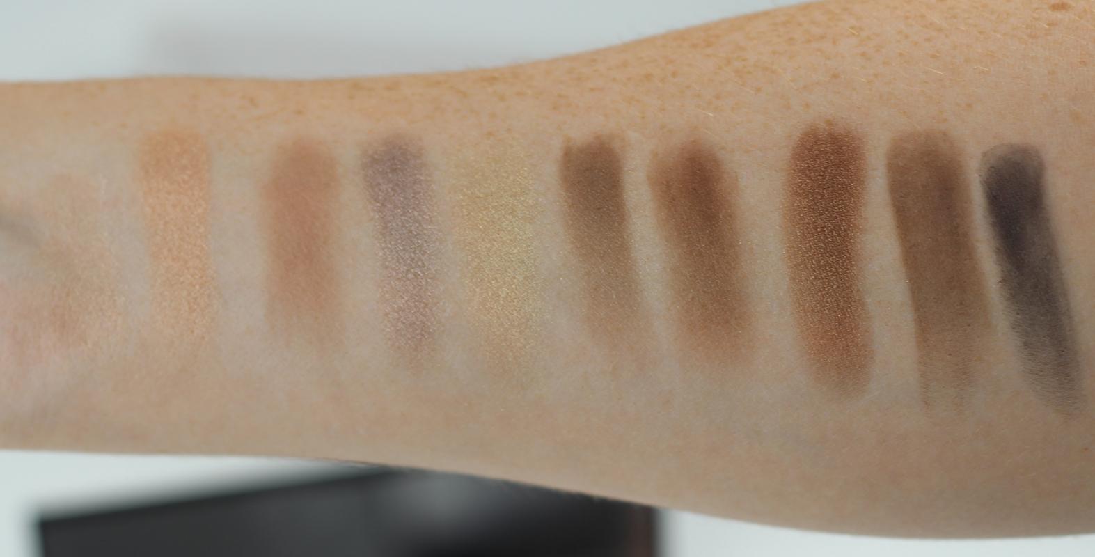 L'Oreal Paris Color Riche La Palette Nude Eyeshadow Palette Beige Swatches