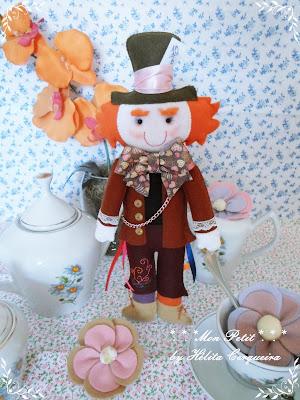 decoração aniversário-em feltro-Alice no país das Maravilhas-Chapeleiro Maluco-Alice in Wonderland-felt-Mad Hatter