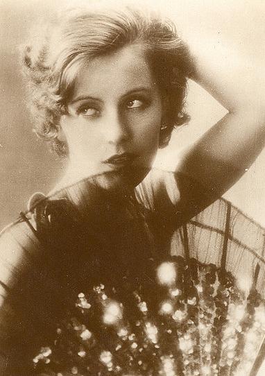 vintage portrait greta garbo