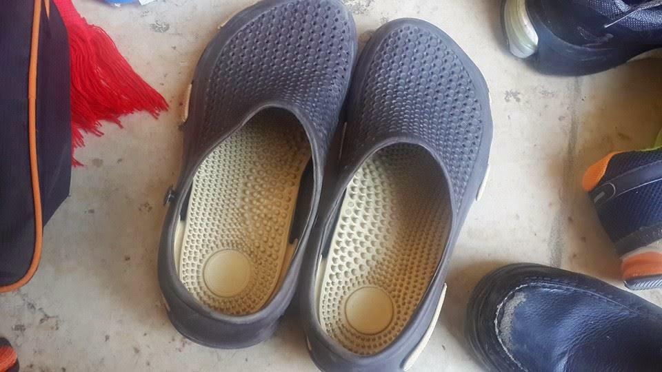 sandal 3 masjid