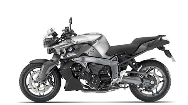2012-BMW-K1300R-Dynamic