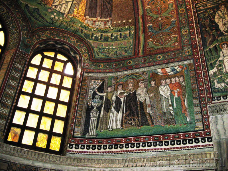 ravenna mosaics of justinian and theodora and their court Ravenna is like no other place in italy, and the magnificence of its mosaics will   mosaics in the choir apse portray justinian, his wife theodora and their court.