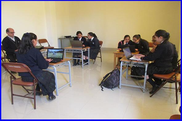 """I.E.E. """"Santa Teresita"""": Trabajo y aprendizaje en equipo"""