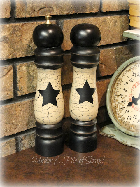 crackle finish salt and pepper shakers by Under A Pile of Scrap!