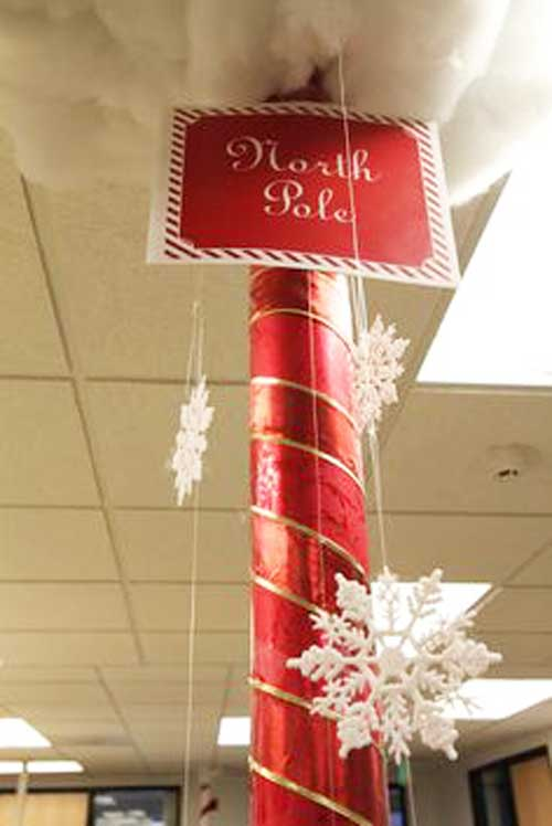 """А вот так можно стилизовать колонну под """"Северный полюс""""."""