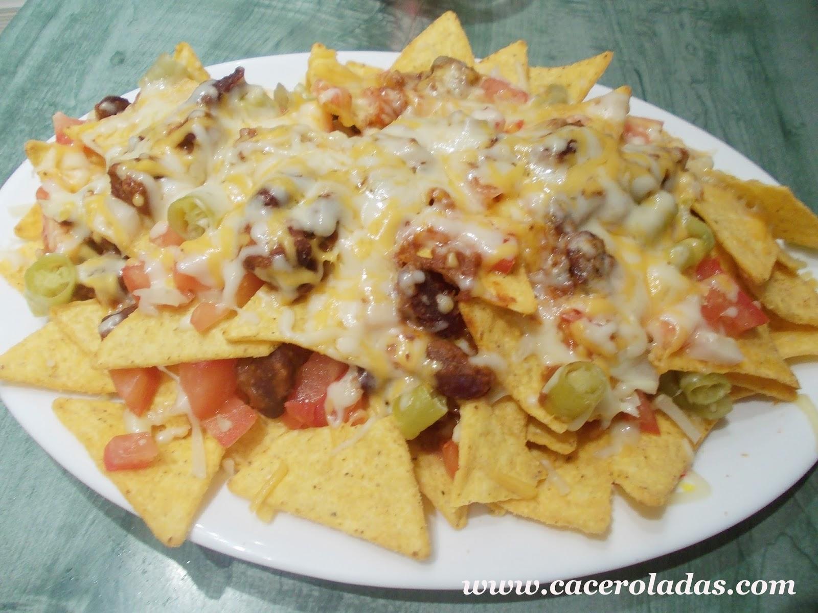 nachos con carne y queso caceroladas