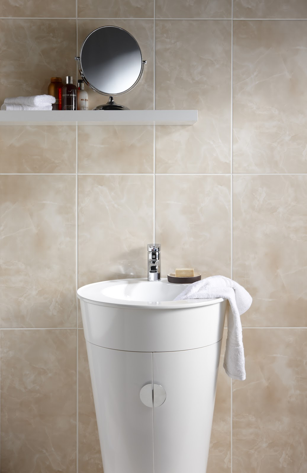 Victoria Plumb Review: Victoria Plumb sanitaryware to feature in new ...