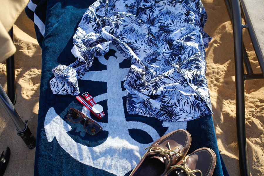 Levitate Style - North Shore Oahu, Hawaii | Summer Style Series feat H&M, Target, Merona, Beach Flatlay, Disney Aulani