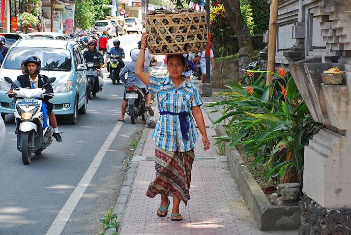 Mujer balinesa