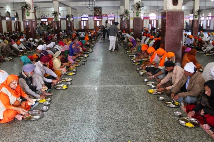 Want More Nourishment From Your Food? Eat Your Meals Sitting On The Floor