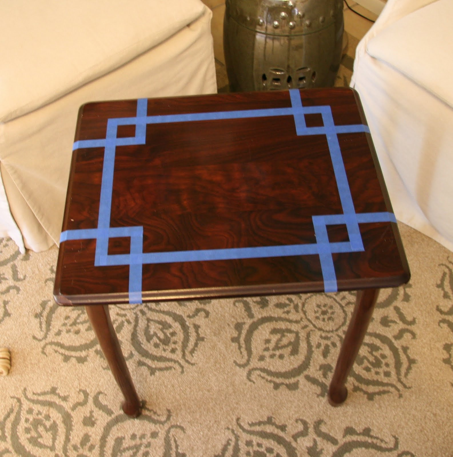 A kitchen table for two diy mint side table for Redo table top ideas