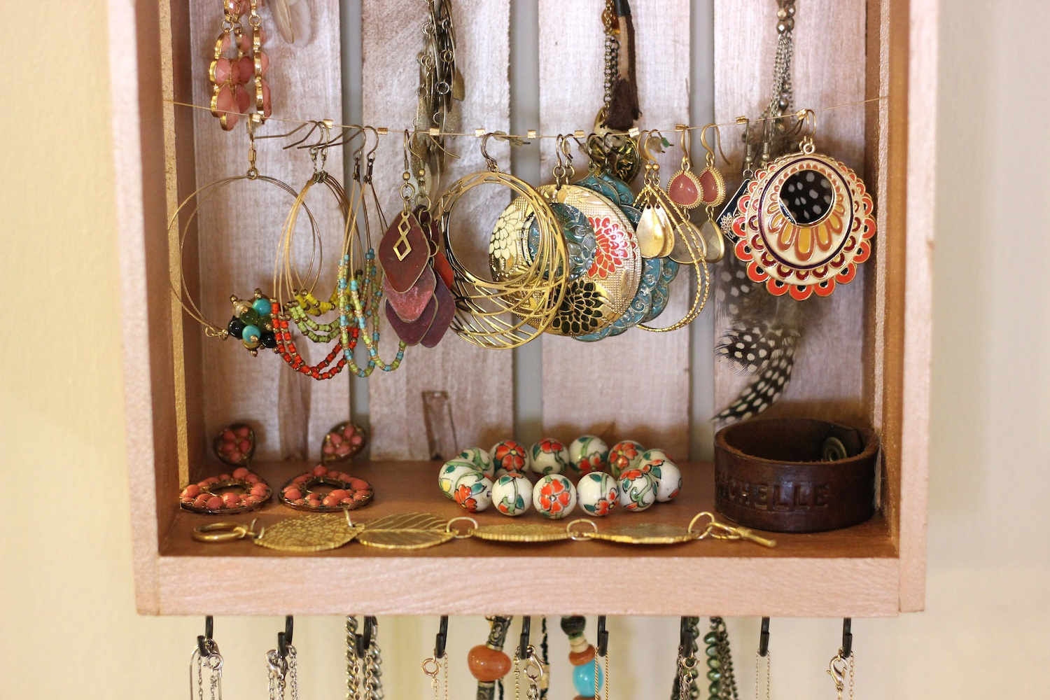 Jewelry Organizer Diy The Lucky Penny Blog Diy Jewelry Organizer