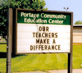 http://www.funnysigns.net/our-teachers-make-a-differance/