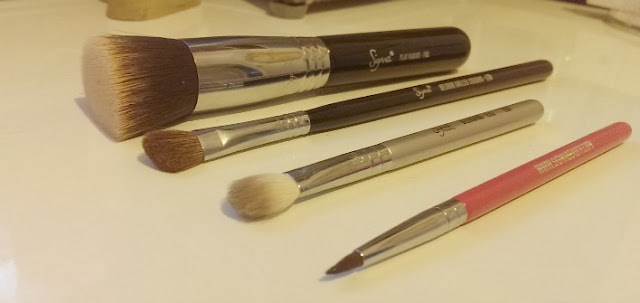 The Sigma F80 brush
