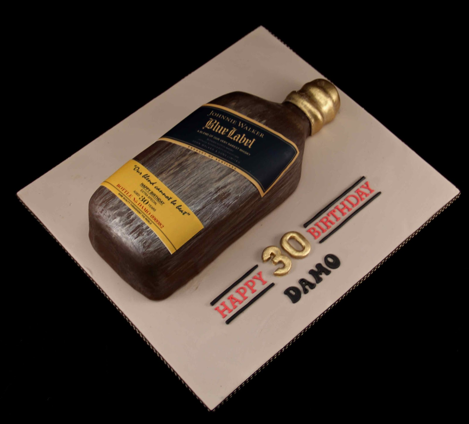Johnnie Walker Blue Label Cake http://www.pelauts.com/logotipo/logotipo-johnnie-walker.html