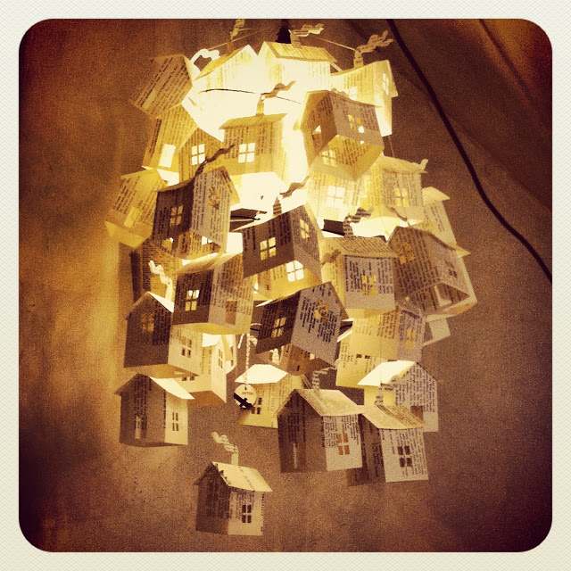 The Art Of Up-Cycling: Recycled Magazine Crafts,Inspiring ...