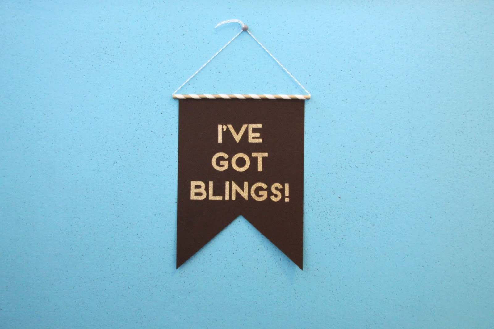 tutorial DIY Chappie quote pennant