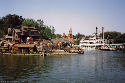Harper's Mill Disneyland Fantasmic Stage Mark Twain River day