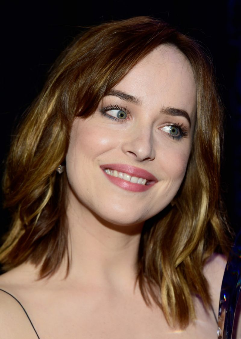 Dakota Johnson 2016 People's Choice Awards in Microsoft Theater - Photo Dakota Johnson 2016