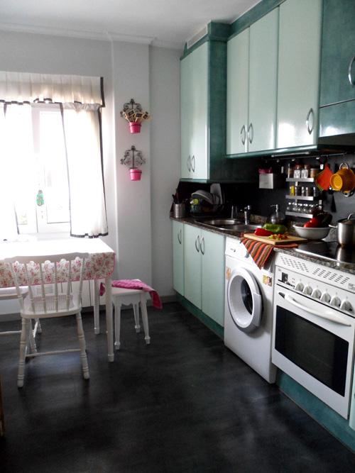 Lalole blog mi cocina para el desafio de blad - Suelos de vinilo para cocinas ...
