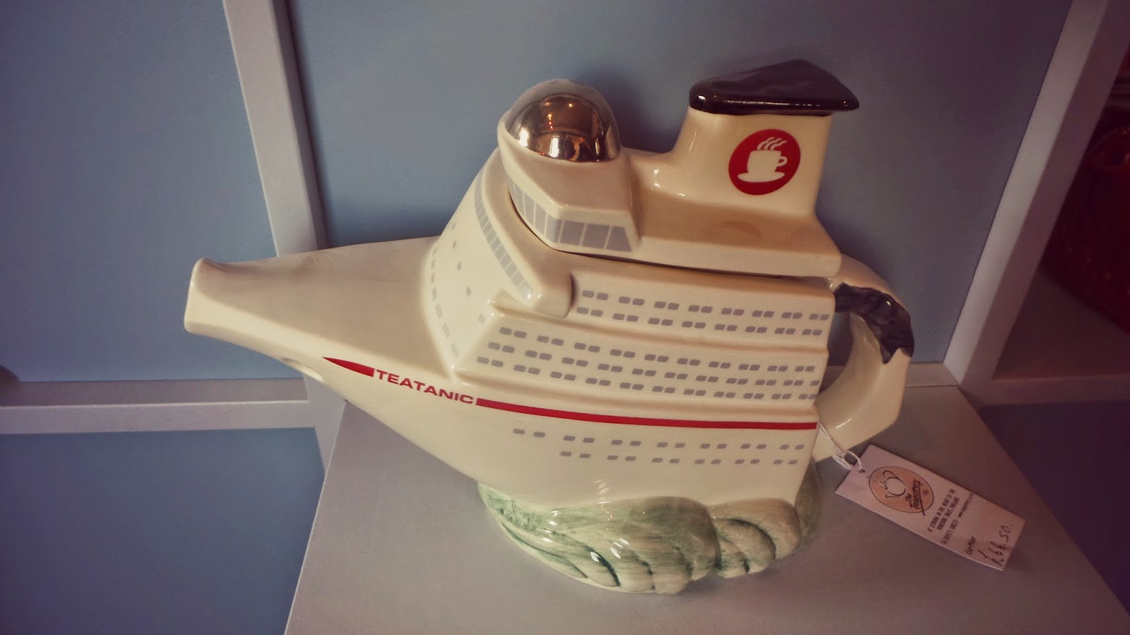 novelty tea pot titanic