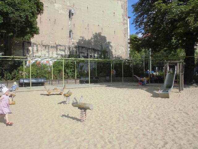 Expat Mummy In Berlin Playground At Volkspark Am Weinbergsweg