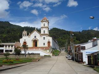 Imagen de una población rural de Colombia