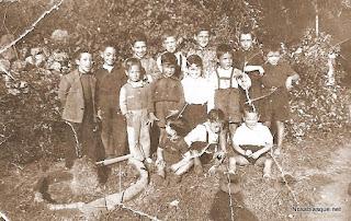 Niños  de Candelario Salamanca en los años cuarenta