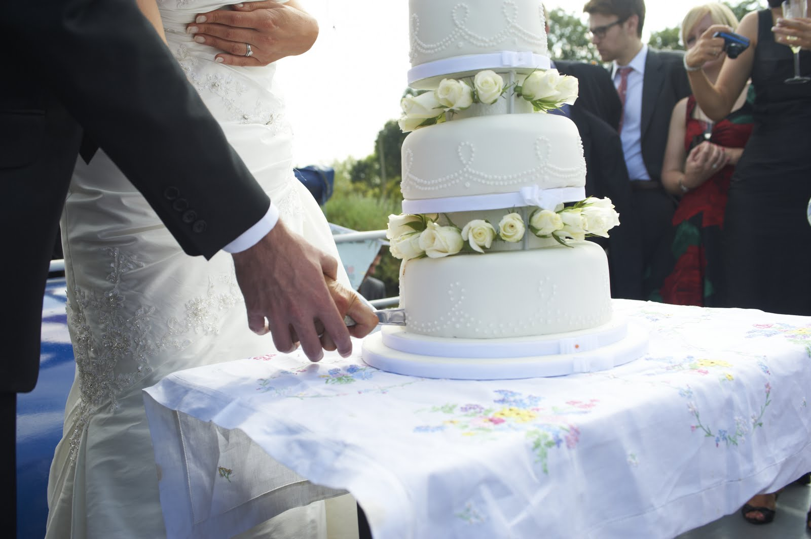 Lizzies Pretty Scrumptious Cakes Three Tier White Wedding Cake