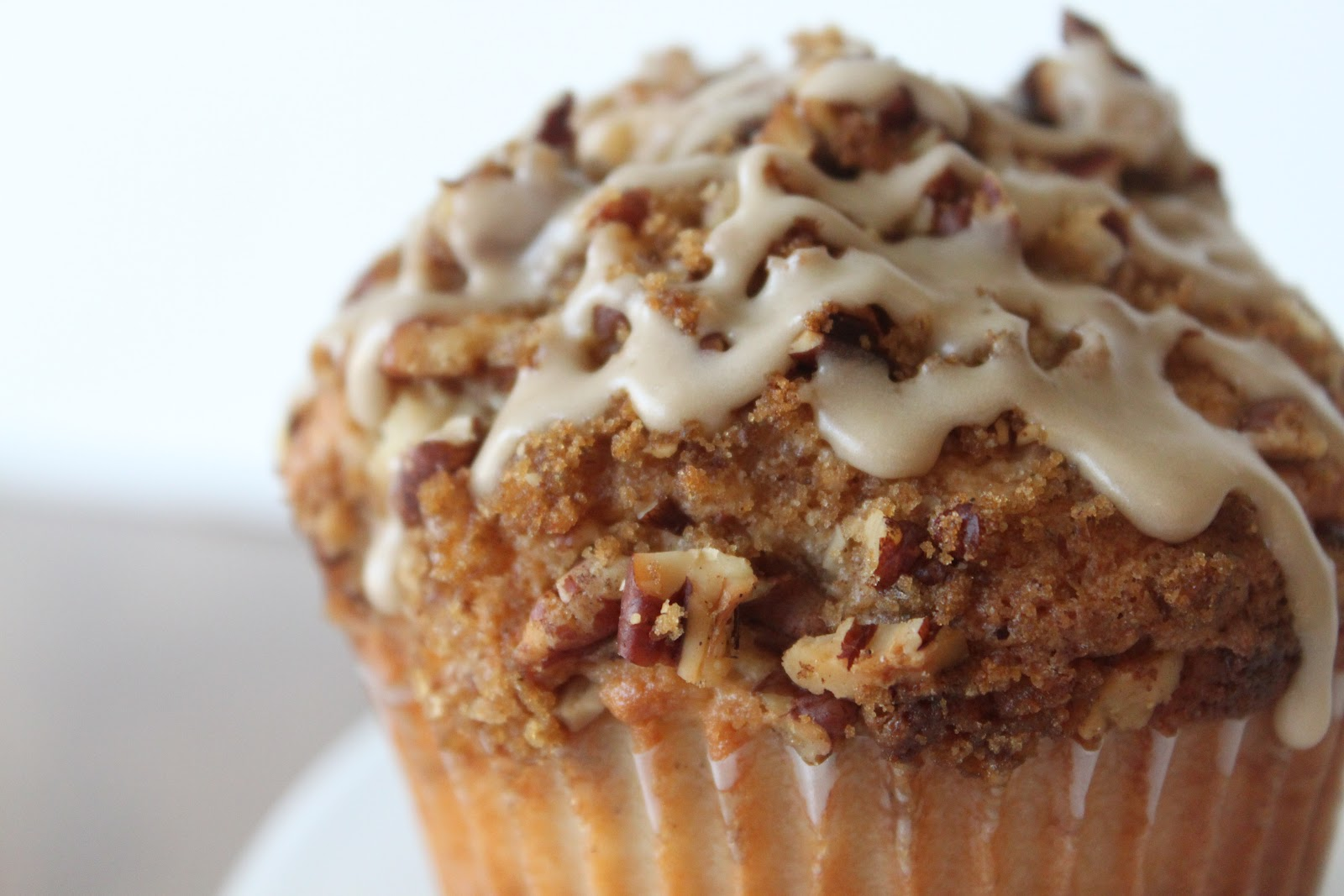 A Bountiful Kitchen: Coffee Cake Muffins with Salted Maple ...