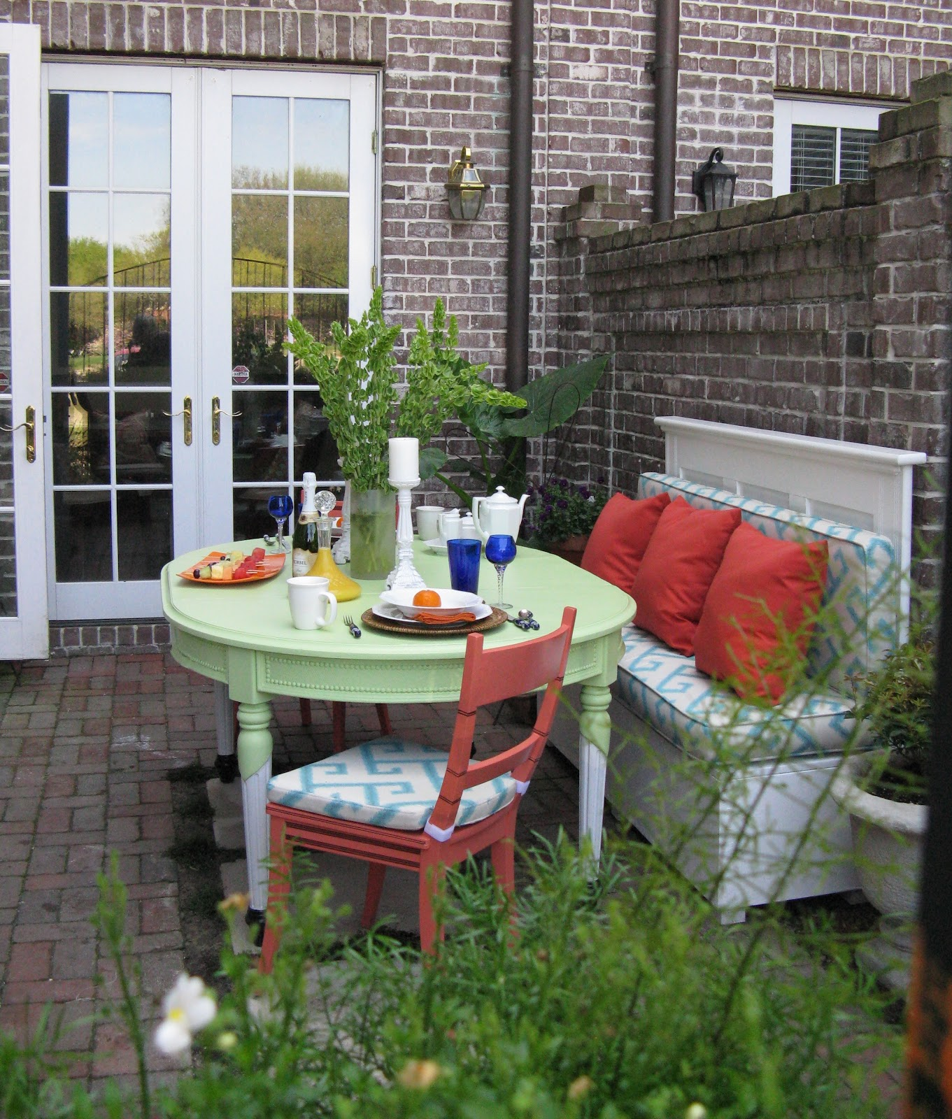 Small patio ideas for townhouse joy studio design for Small patio furniture for small spaces