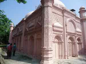 Worlds mosques masjid october 2015 it is about 20 km of north west corner from rajshahi town and the west of rajshahi naogaon road the mosque is situated on the bank of the river baranai thecheapjerseys Image collections