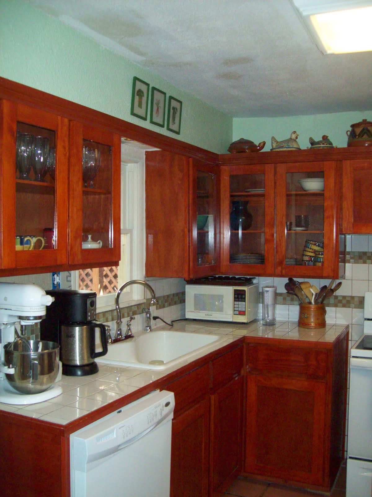 Low Price Kitchen Cabinets