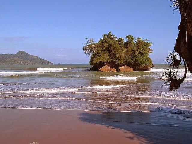 Foto Pantai Pelang, Trenggalek
