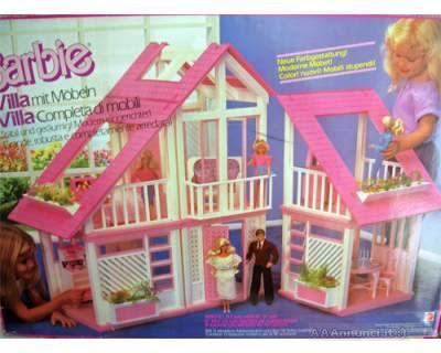 Te lo ricordi mica le case di barbie for Casa delle barbie fai da te