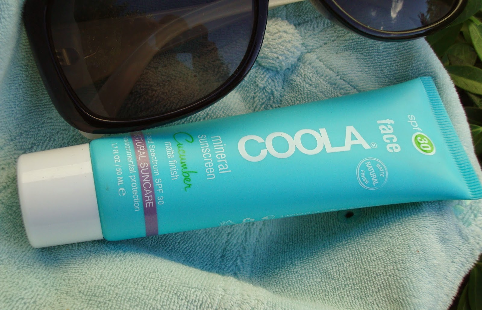 COOLA Organic Suncare Collection Face Mineral Sunscreen SPF 30 Matte Finish Cucumber