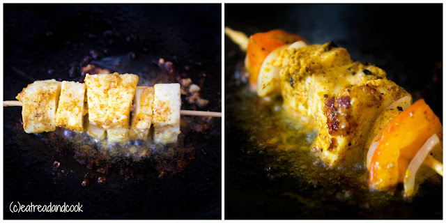 how to make paneer tikka kathi roll in home