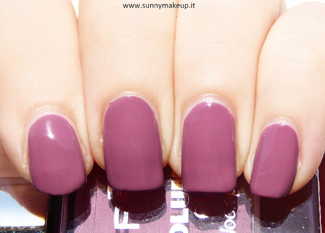 P2 cosmetics - Volume Gloss Nail Polish.
