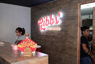 Gibb's Hot Wings Streetscapes Paseo Saturnino Cebu City Best Chicken Wings