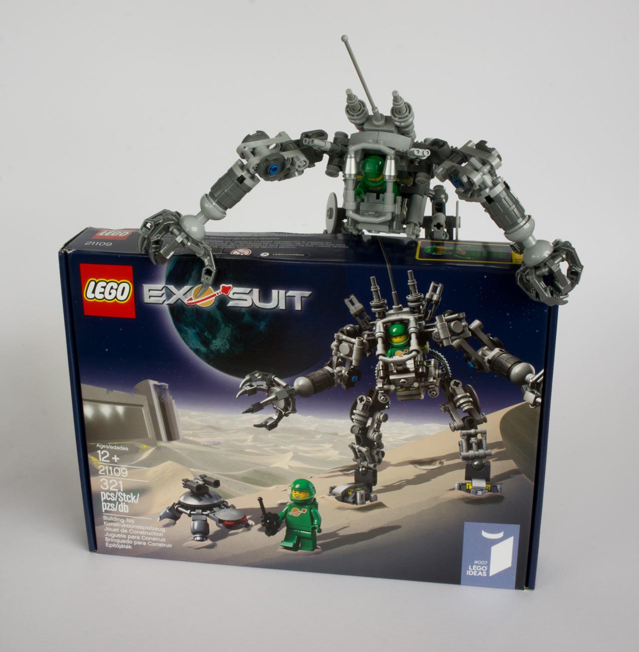 ExoSuit Space set Limited Edition 321//Pcs #007 IDEAS PETE,YVE LEGO Ideas 21109