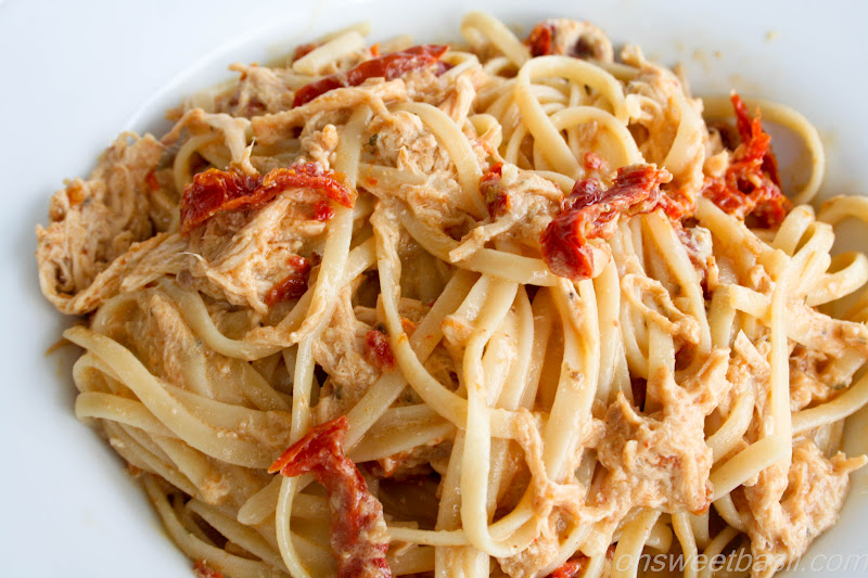Four cheese and sun dried tomato chicken pasta